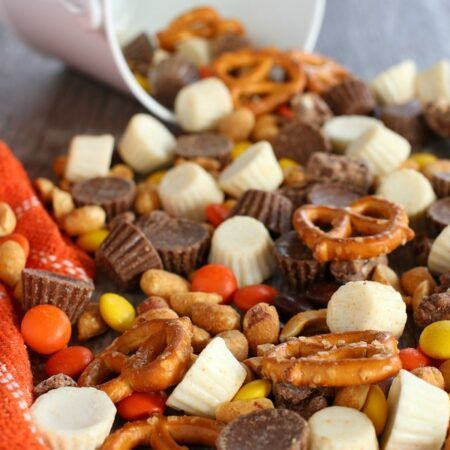 Reeses Snack Mix main