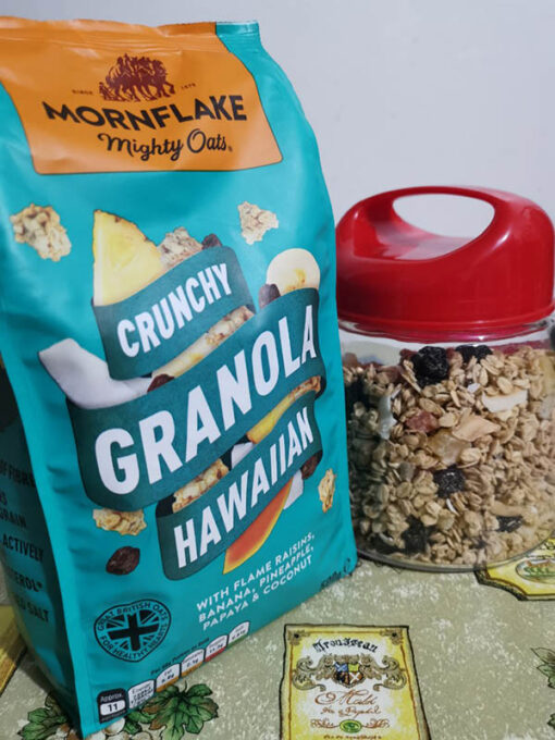 mornflakes mighty oats crunchy granola hawaiian
