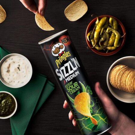Pringles Sizzln Kickin Sour Cream