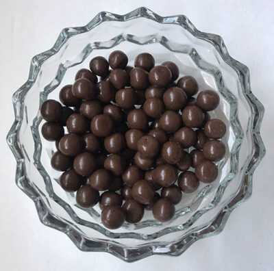 hersheys milk chocolate pretzel bites  oz g
