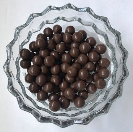 hersheys milk chocolate pretzel bites  oz g