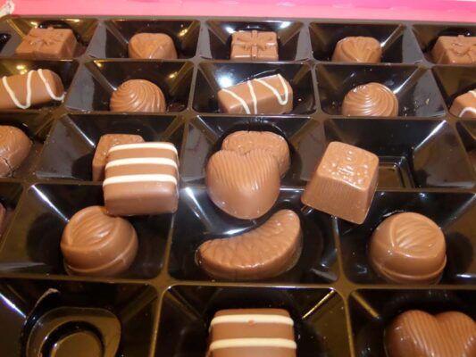 cadbury milk tray 530g 2
