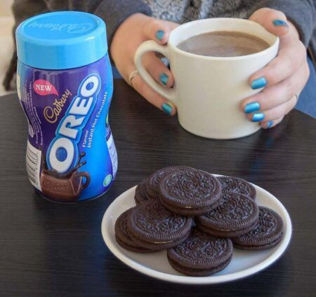 cadbury oreo instant hot chocolate 260g 2
