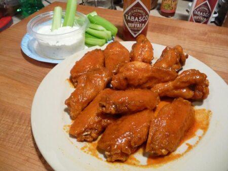 wings in tabasco buffalo sauce