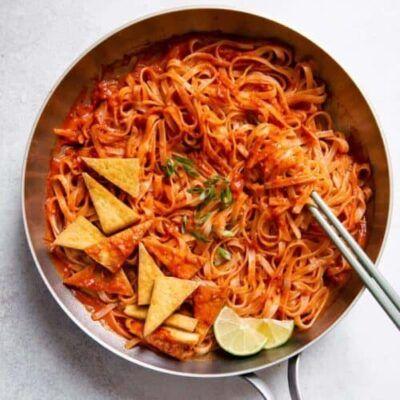Lee Kum Kee Sichuan Spicy Noodles Sauce 1