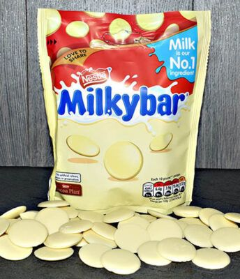 Nestle Milkybar Giant Buttons Sharing Pouch 2