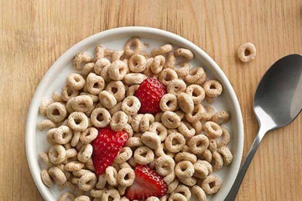 Strawberry Flavoured Multi Grain Cereal cheerios 1